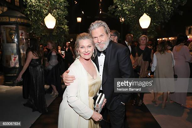 Actors Susan Geston and Jeff Bridges attend People And EIF's Annual Screen Actors Guild Awards Gala at The Shrine Auditorium on January 29 2017 in...