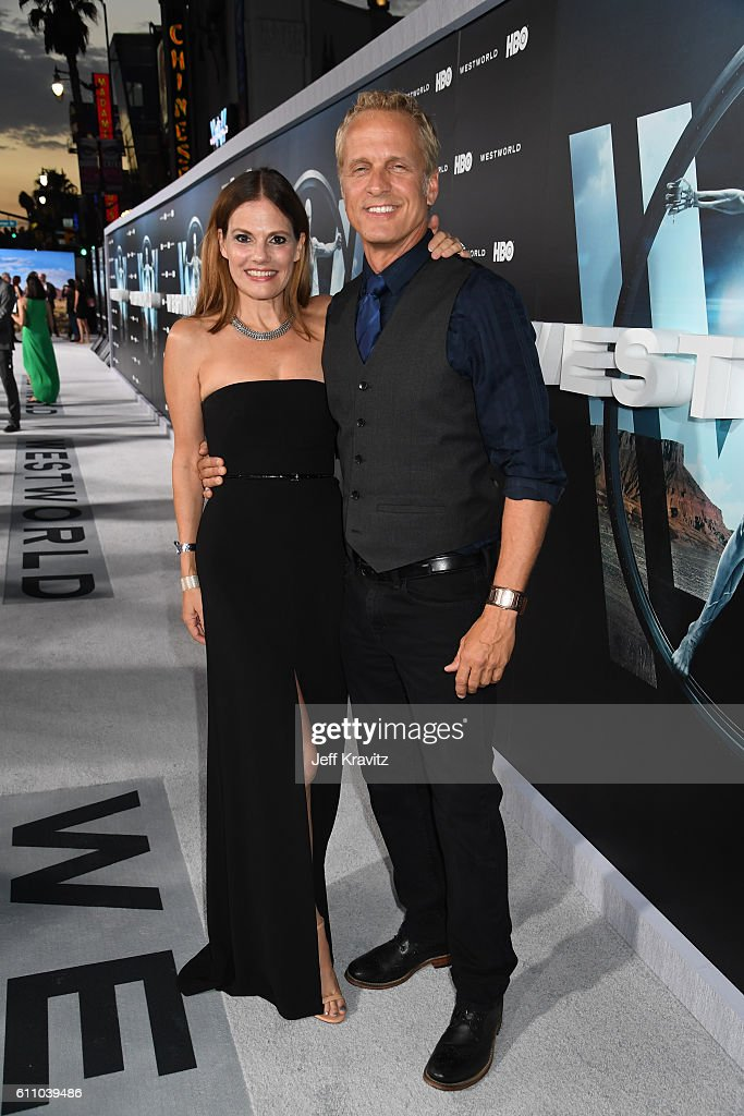 Actors Suzanne Cryer (L) and Patrick Fabian attend the premiere of HBO's 'Westworld' at TCL Chinese Theatre on September 28, 2016 in Hollywood, California.