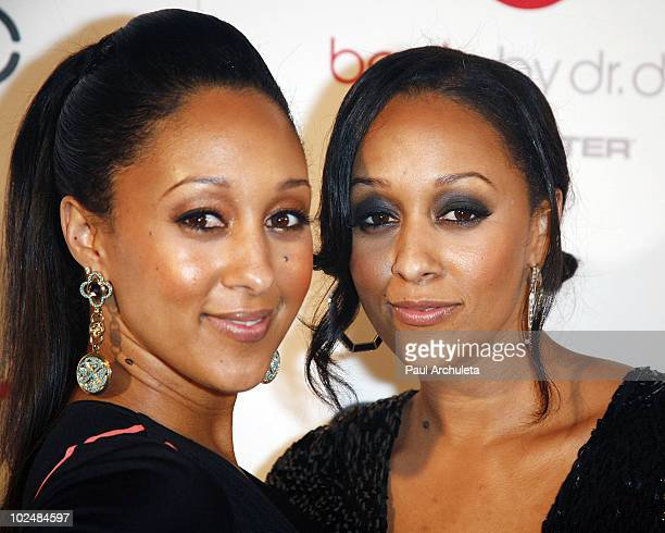 Actors Tamera Mowry Tia Mowry arrive at the 4th annual 'Creme of the Crop' post BET Awards dinner celebration at Mr Chow on June 27 2010 in Beverly...