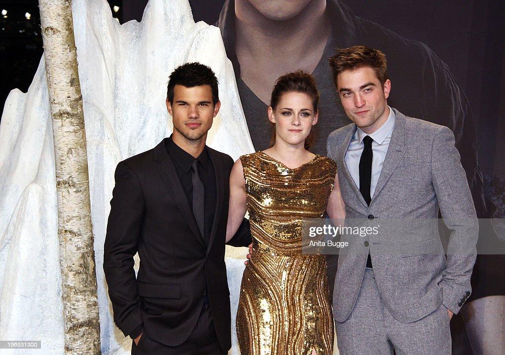 The Twilight Saga: Breaking Dawn Part 2 - Germany Premiere : News Photo