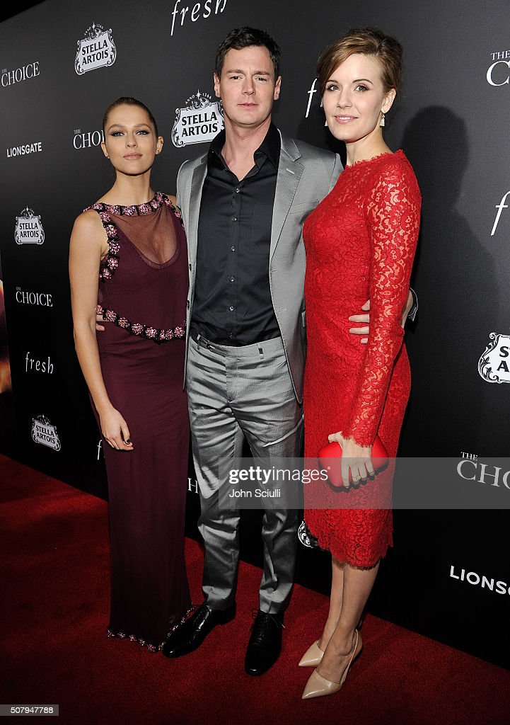 Actors Teresa Palmer, Benjamin Walker and Maggie Grace attend the premiere of Lionsgate's 'The Choice' at ArcLight Cinemas on February 1, 2016 in Hollywood, California.