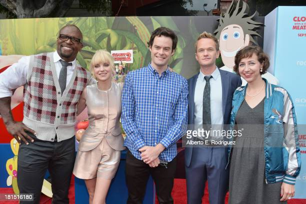 Actors Terry Crews Anna Faris Bill Hader Neil Patrick Harris and Kristen Schaal arrive to the premiere of Columbia Pictures and Sony Pictures...
