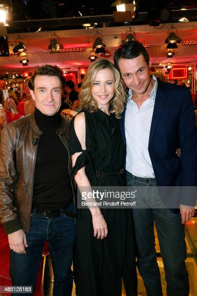 Actors Thierry Fremont Pascale Arbillot and Julien Boisselier present the TV movie 'Des freres et des soeurs' at the 'Vivement Dimanche' French TV...