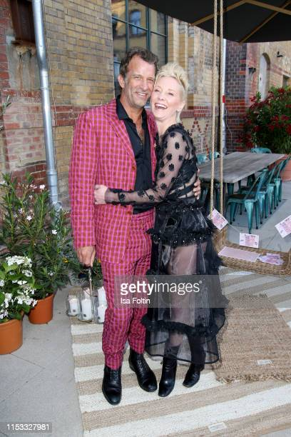 Actors Thomas Jane and Anne Heche during the Klambt Style Cocktail at la soupe populaire CANTEEN on July 2 2019 in Berlin Germany