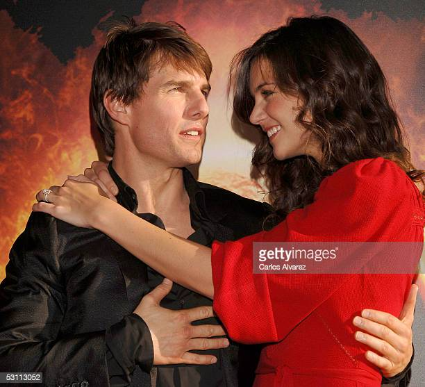 Actors Tom Cruise and fiancee Katie Holmes arrive at the Spanish Premiere for 'War of the Worlds' at the Palacio de la Musica cinema on June 21 2005...