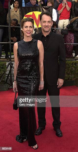 Actors Tom Hanks and wife Rita Wilson arrive for the 7th Annual Screen Actors Guild Awards March 11, 2001 in Los Angeles, CA.