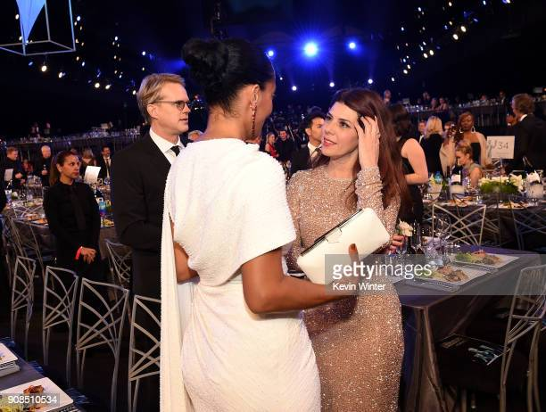 Actors Tracee Ellis Ross and Marisa Tomei attend the 24th Annual Screen Actors Guild Awards at The Shrine Auditorium on January 21 2018 in Los...
