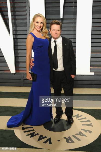 Actors Tracy Pollan and Michael J Fox attend the 2017 Vanity Fair Oscar Party hosted by Graydon Carter at Wallis Annenberg Center for the Performing...