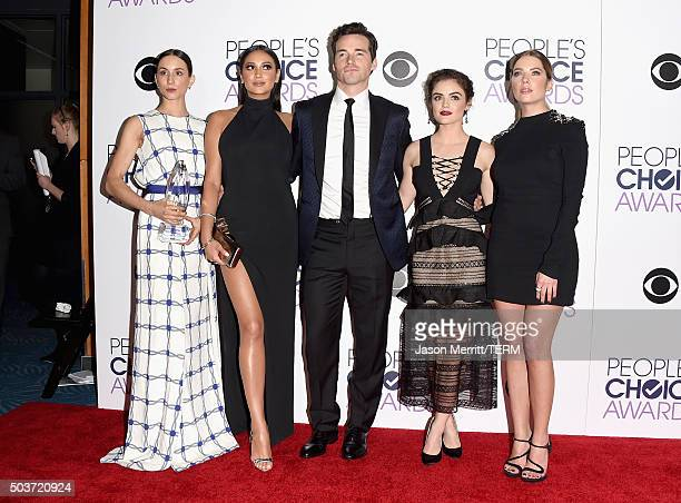 Actors Troian Bellisario Shay Mitchell Ian Harding Lucy Hale and Ashley Benson winners of Favorite Cable TV Drama for 'Pretty Little Liars' pose in...