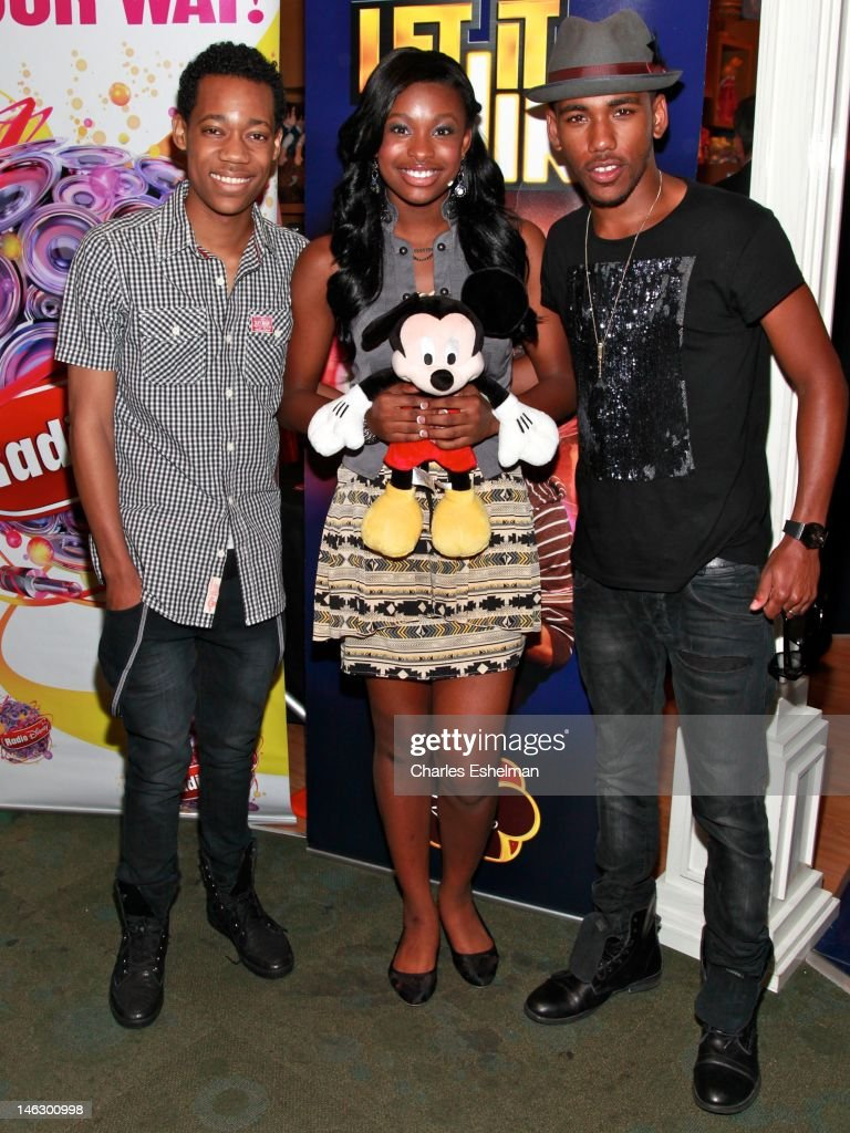 "Disney Channel's ""Let It Shine"" Cast Autograph Signing"