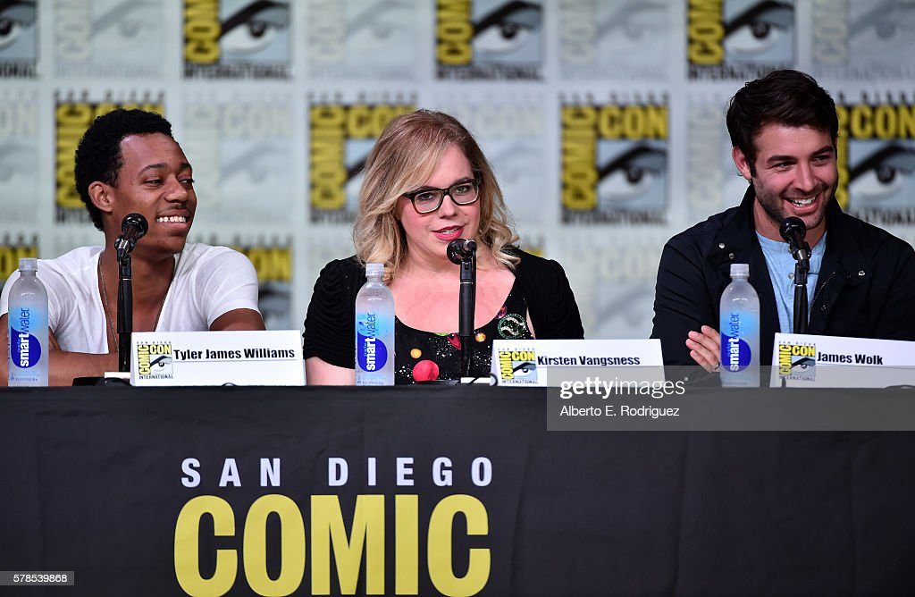 "Comic-Con International 2016 - CBS Television Studios Block Including ""Scorpion,"" ""American Gothic"" And ""MacGyver"" : News Photo"