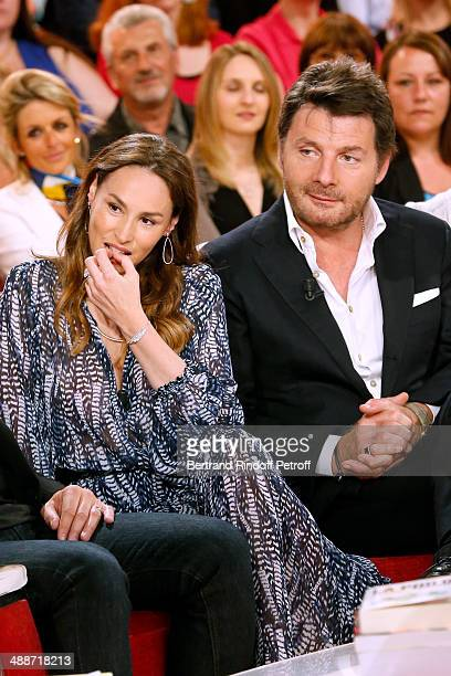 Actors Vanessa Demouy and her husband Philippe Lellouche present the theater play 'L'appel de Londres' at the 'Vivement Dimanche' French TV Show held...