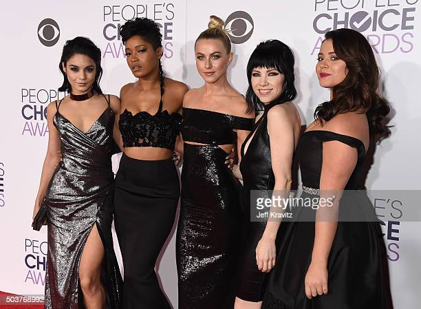 Actors Vanessa Hudgens Keke Palmer Julianne Hough singer Carly Rae Jepsen and actress Kether Donohue attend the People's Choice Awards 2016 at...