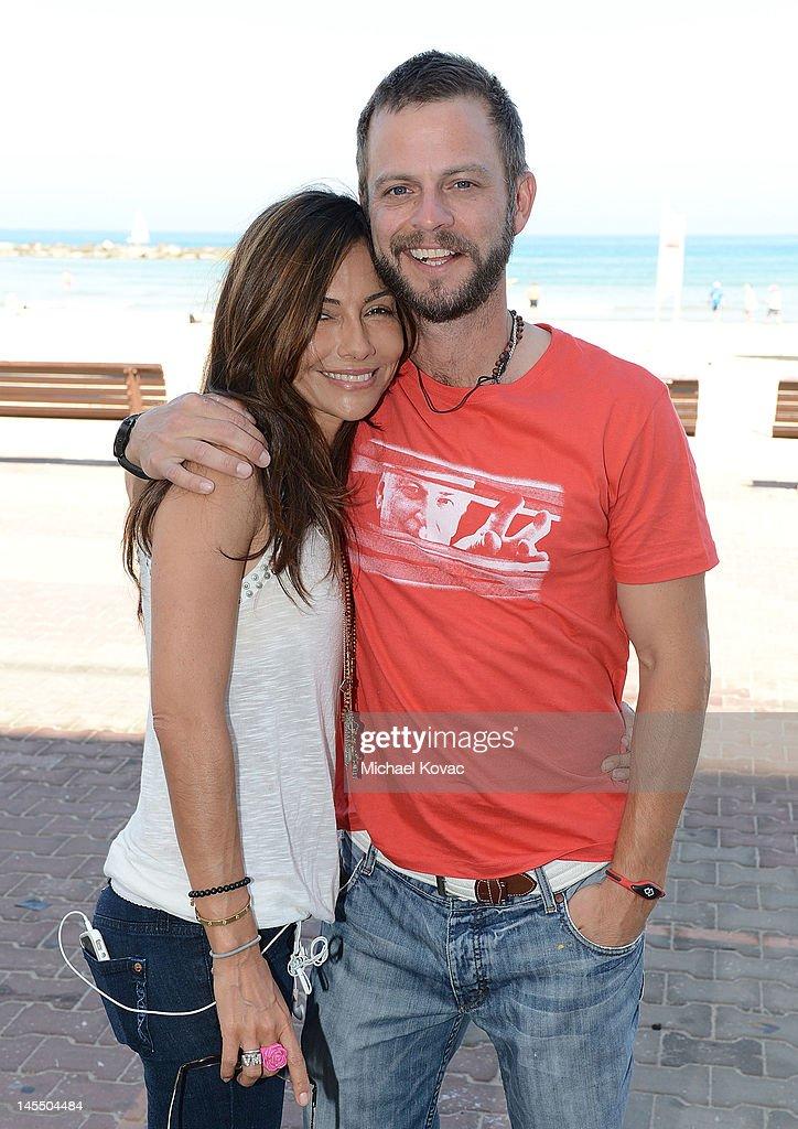 Actors Vanessa Marcil and Carmine Giovinazzo take a break ...