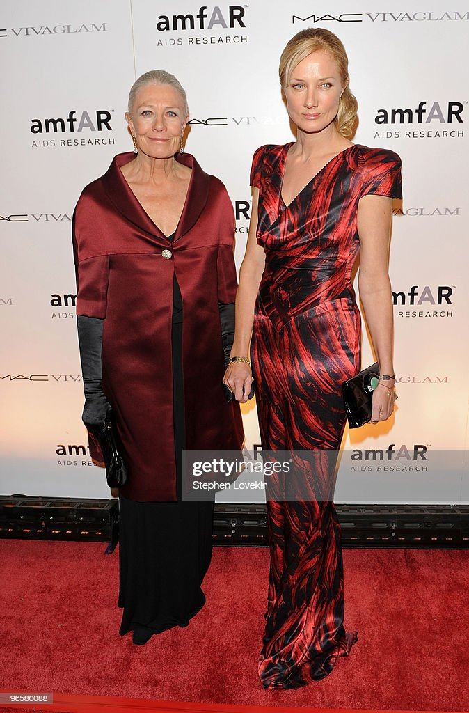 Actors Vanessa Redgrave and Joely Richardson attend the amfAR New York Gala co-sponsored by M.A.C Cosmetics at Cipriani 42nd Street on February 10, 2010 in New York, New York.