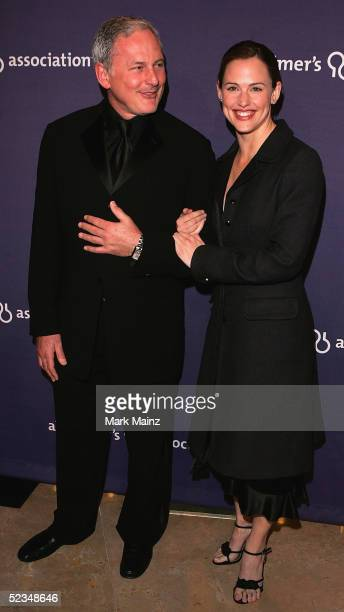 """Actors Victor Garber and Jennifer Garner attend the Alzheimer's Association's 13th Annual """"A Night At Sardi's"""" at the Beverly Hilton Hotel on March..."""