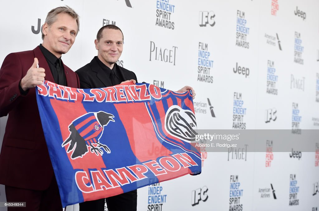 Actors Viggo Mortensen (L) and Matt Ross attend the 2017 Film Independent Spirit Awards at the Santa Monica Pier on February 25, 2017 in Santa Monica, California.