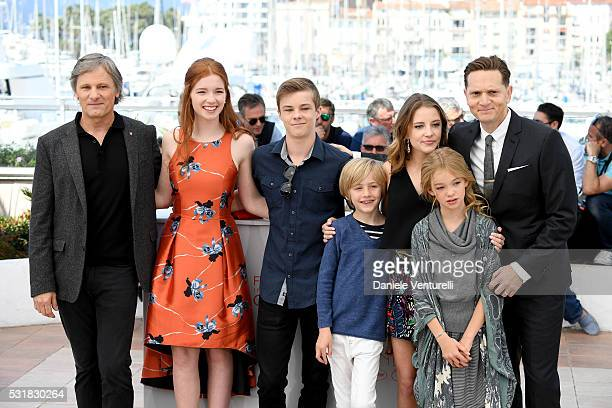 Actors Viggo Mortensen Annalise Basso Nicholas Hamilton Charlie Shotwell Samantha Isler Shree Crooks and Director Matt Ross attend the 'Captain...