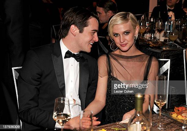 Actors Vincent Piazza and Ashlee Simpson attend The 18th Annual Screen Actors Guild Awards broadcast on TNT/TBS at The Shrine Auditorium on January...