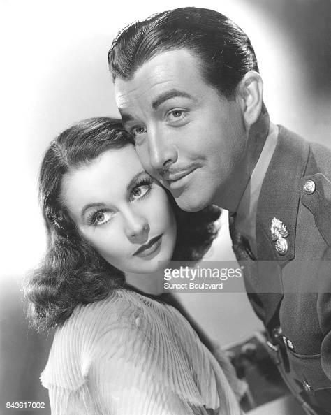 vivien leigh and robert taylor in the movie waterloo