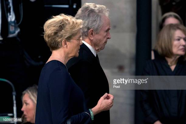 Actors Warren Beatty center and his wife Annette Bening left arrive in the Rotunda before the casket of Sen John McCain RAriz lies in state at the US...