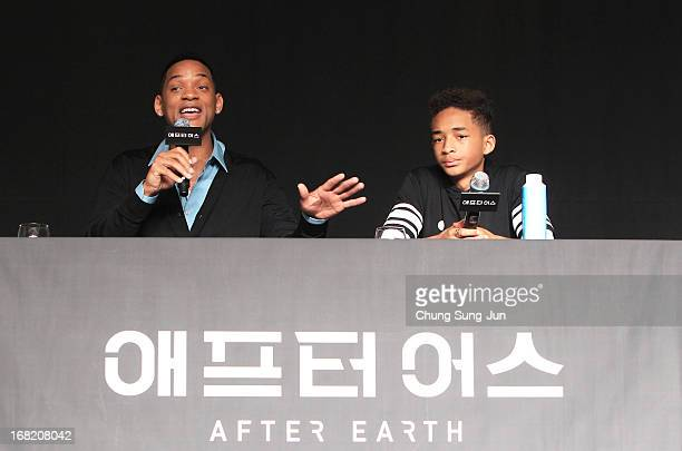 Actors Will Smith and Jaden Smith attend the 'After Earth' press conference on May 7 2013 in Seoul South Korea Will Smith and Jaden Smith are...