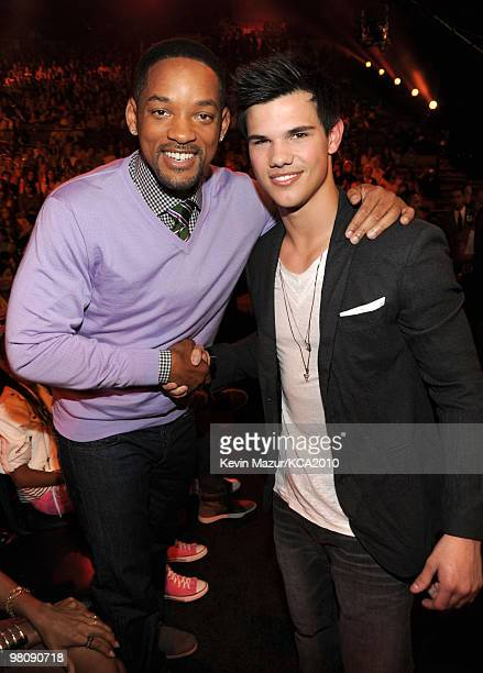 LOS ANGELES CA MARCH 27 **EXCLUSIVE COVERAGE** Actors Will Smith and Taylor Lautner attend Nickelodeon's 23rd Annual Kids' Choice Awards held at...