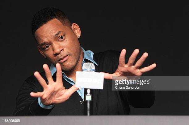 Actors Will Smith attends the 'After Earth' press conference on May 7 2013 in Seoul South Korea Will Smith and Jaden Smith are visiting South Korea...