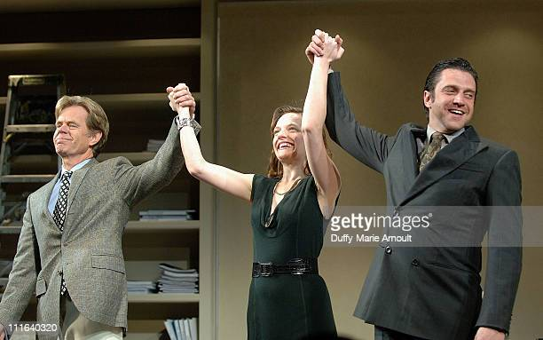 Actors William H Macy Elisabeth Moss and Raul Esparza at the curtain call for 'SpeedthePlow' at the Ethel Barrymore Theatre on January 13 2009 in New...