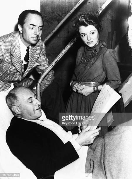 Actors William Powell And Janet Gaynor With The Radio Reporter Cecil De Mille In Hollywood On January 23Th 1939