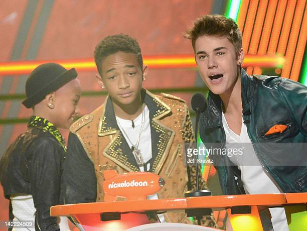 Actors Willow Smith Jaden Smith and Justin Bieber onstage at the 2012 Nickelodeon's Kids' Choice Awards at Galen Center on March 31 2012 in Los...