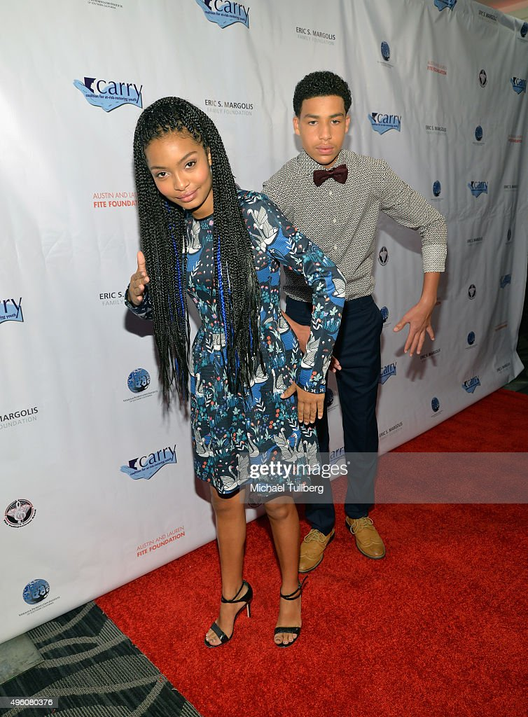 Coalition For At-Risk-Restoring Youth - CARRY On Gala : News Photo
