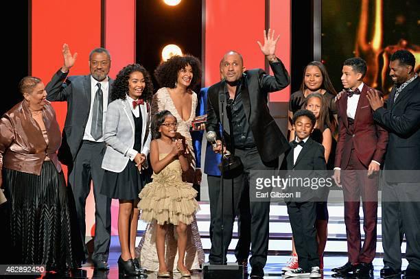 Actors Yara Shahidi Marsai Martin Tracee Ellis Ross writer Kenya Barris host Anthony Anderson Leyah Barris Miles Brown and Marcus Scribner accept the...