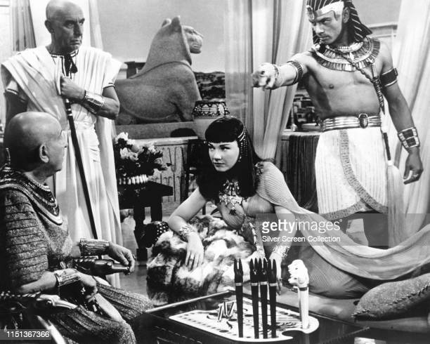 Actors Yul Brynner as Rameses and Anne Baxter as Nefretiri in the biblical epic 'The Ten Commandments' 1956