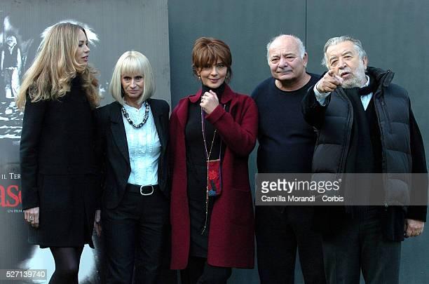 Actors Yvonne Scio Rita Tushingham Laura Morante Burt Yoiung and director Pupi Avati at the photo call of Il Nascondiglio in Rome