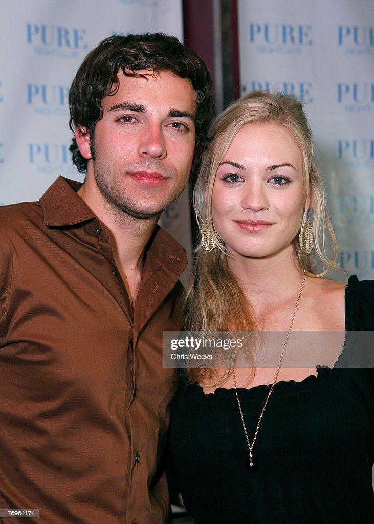 Cast of NBC's Chuck at Pure : Nachrichtenfoto