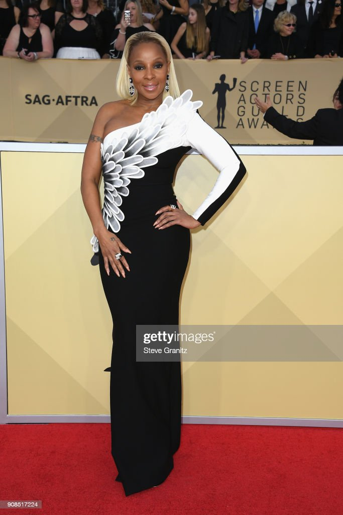 Actor/siinger Mary J. Blige attends the 24th Annual Screen Actors Guild Awards at The Shrine Auditorium on January 21, 2018 in Los Angeles, California.