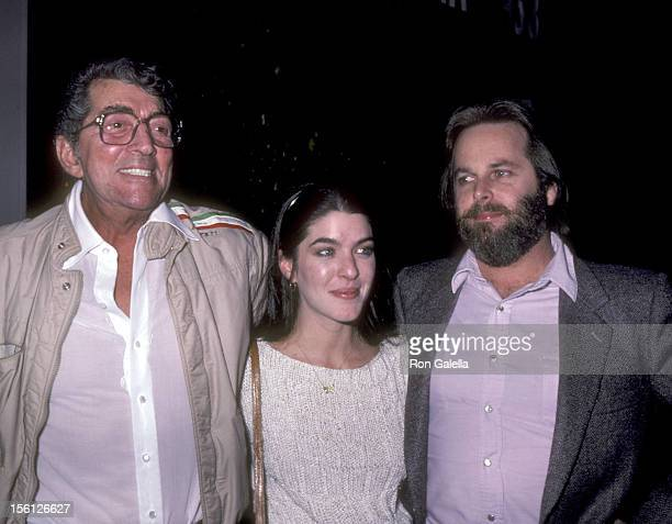 Actor/singer Dean Martin daughter Gina Martin and musician Carl Wilson of the Beach Boys on January 13 1983 dining at La Famiglia Restaurant in...