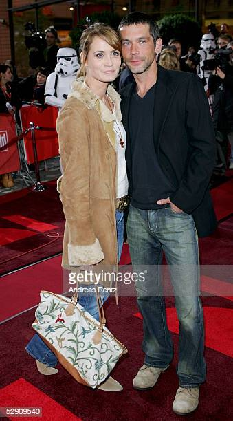 Actredd Anja Kling and her husband Jens Solf pose at a cinema for the German premiere of Star Wars Episode III Revenge of the Sith on May 17 2005 in...