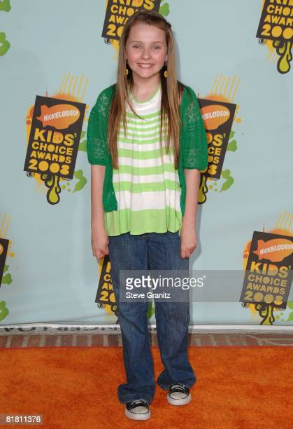 Actress Abigail Breslin arrives at Nickelodeon's 2008 Kids' Choice Awards held at the Pauley Pavilion on March 29 2008 in Westwood California