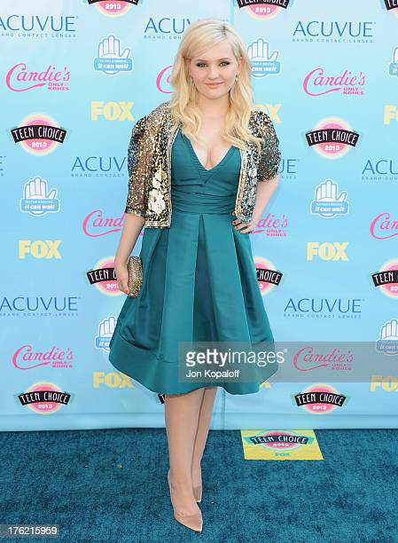 Actress Abigail Breslin arrives at the 2013 Teen Choice Awards at Gibson Amphitheatre on August 11 2013 in Universal City California