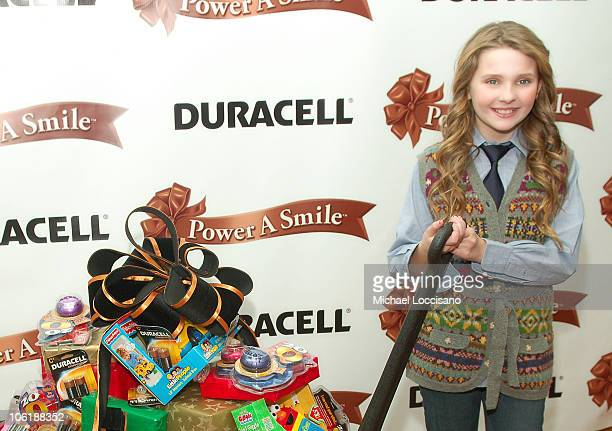 Actress Abigail Breslin poses after annoncing the winners of the Duracell Power A Smile casting calls benefitting children's hospitals at Alice's Tea...