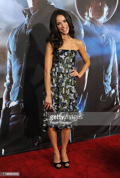 Actress Abigail Spencer attends the Premiere of Universal Pictures Cowboys Aliens during ComicCon 2011 at San Diego Civic Theatre on July 23 2011 in...