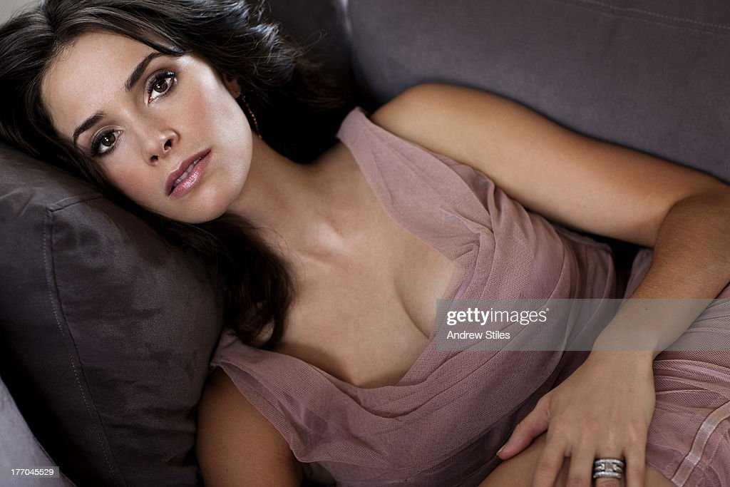 Abigail Spencer, Self Assignment, October 1, 2009