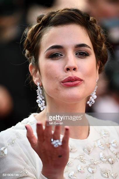 Actress Adriana Ugarte attends the 'Julieta' premiere during the 69th annual Cannes Film Festival at the Palais des Festivals on May 17 2016 in...
