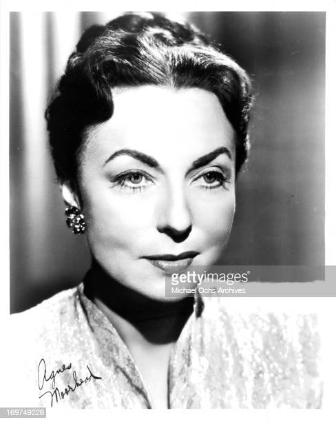 Actress Agnes Moorehead poses for a portrait in circa 1945