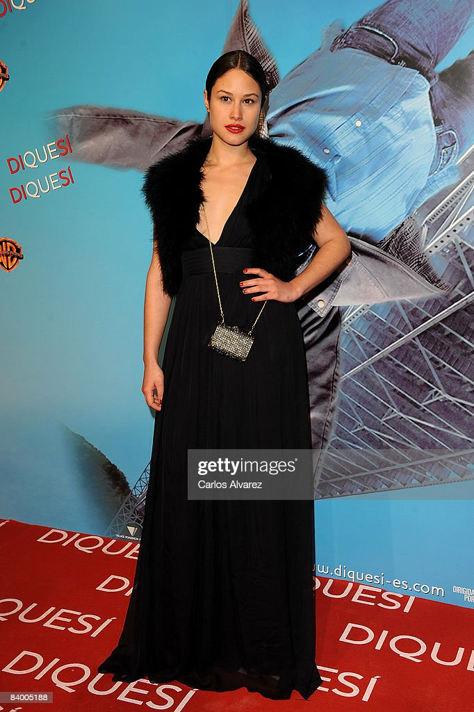 Actress Aida Folch attends the premiere of 'Yes Man' at Capitol Cinema December 11, 2008 in Madrid, Spain.