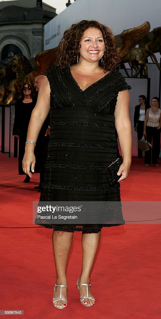 Actress Aida Turturro attends the premiere for the in competition film 'Romance And Cigarettes' at the Palazzo del Cinema on the seventh day of the 62nd Venice Film Festival on September 6, 2005 in Venice, Italy.