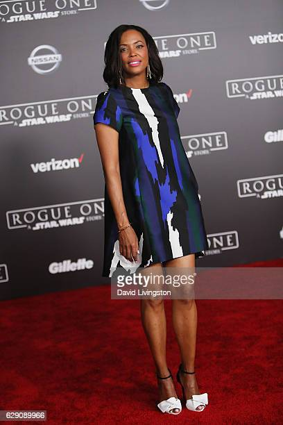 Actress Aisha Tyler arrives at the premiere of Walt Disney Pictures and Lucasfilm's Rogue One A Star Wars Story at the Pantages Theatre on December...
