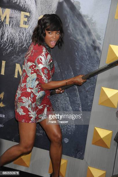 Actress Aisha Tyler arrives at the premiere of Warner Bros Pictures' 'King Arthur Legend Of The Sword' at TCL Chinese Theatre on May 8 2017 in...